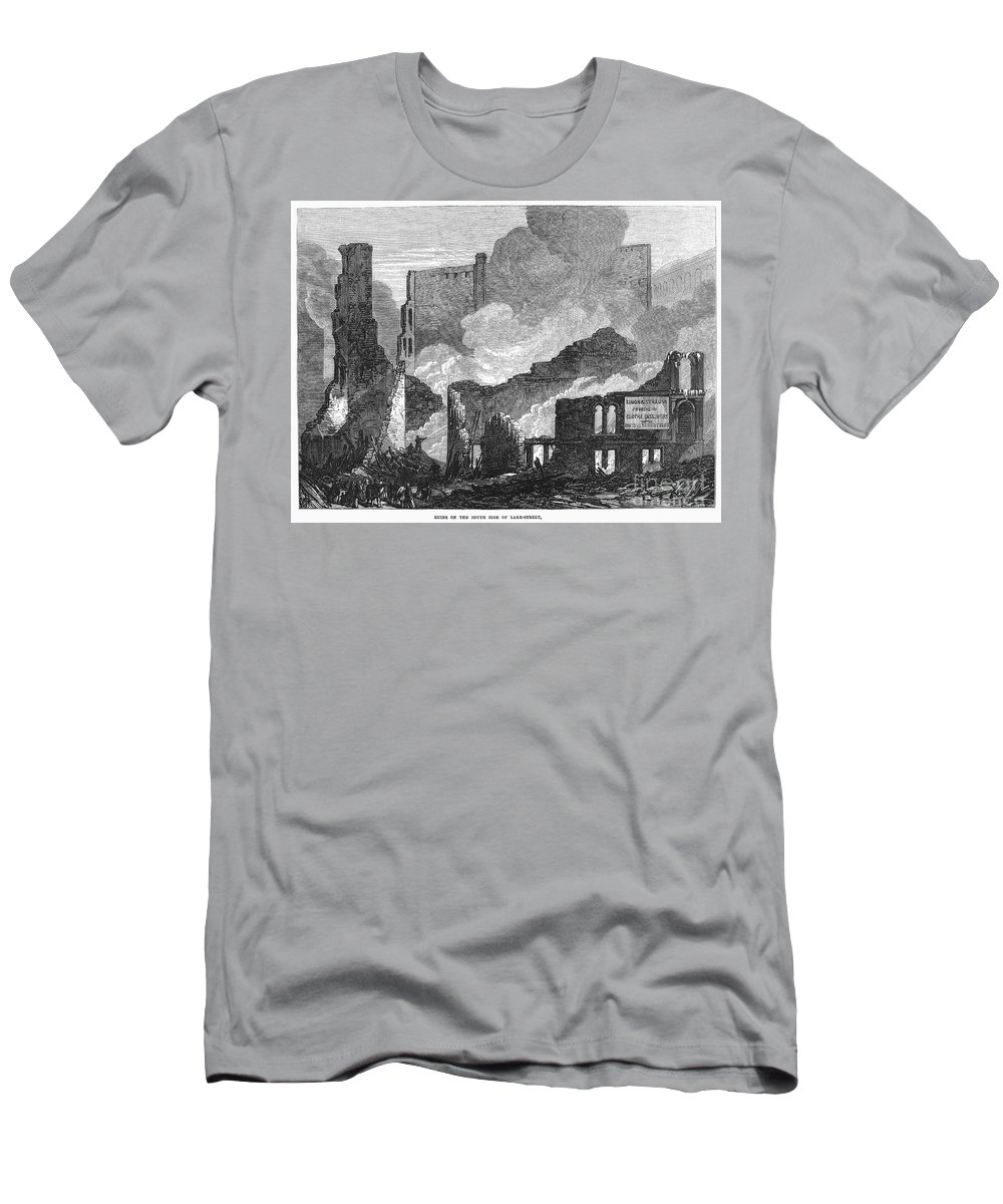 1871 Men's T-Shirt (Athletic Fit) featuring the photograph Chicago: Fire, 1871 by Granger