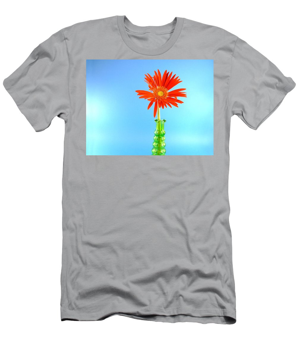 Gerbera Photographs Men's T-Shirt (Athletic Fit) featuring the photograph 2286c1 by Kimberlie Gerner