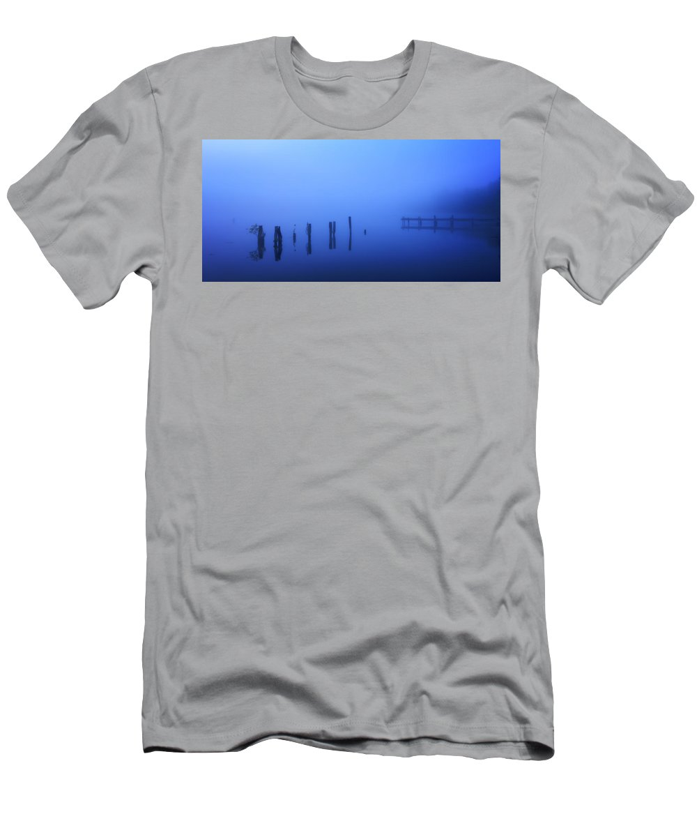 Fog Men's T-Shirt (Athletic Fit) featuring the photograph Blue Morning by Everet Regal