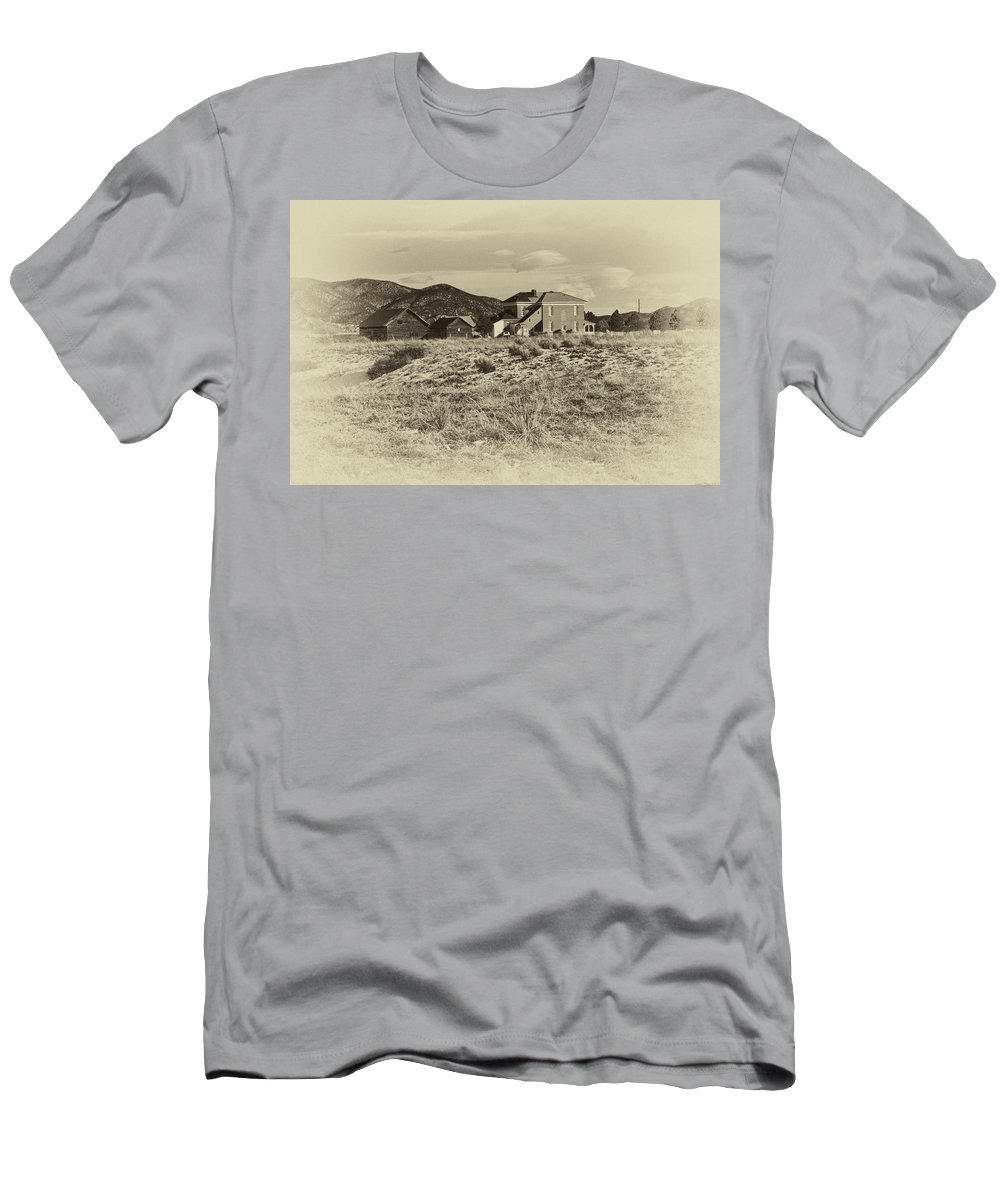 Chaffee Men's T-Shirt (Athletic Fit) featuring the photograph Chaffee County Poor Farm Print by Charles Muhle