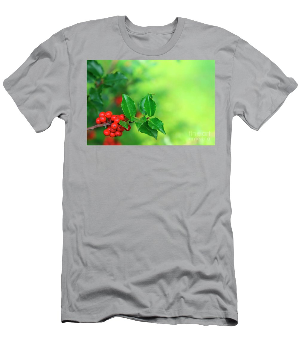 Autumn Men's T-Shirt (Athletic Fit) featuring the photograph Holly Branch by Carlos Caetano
