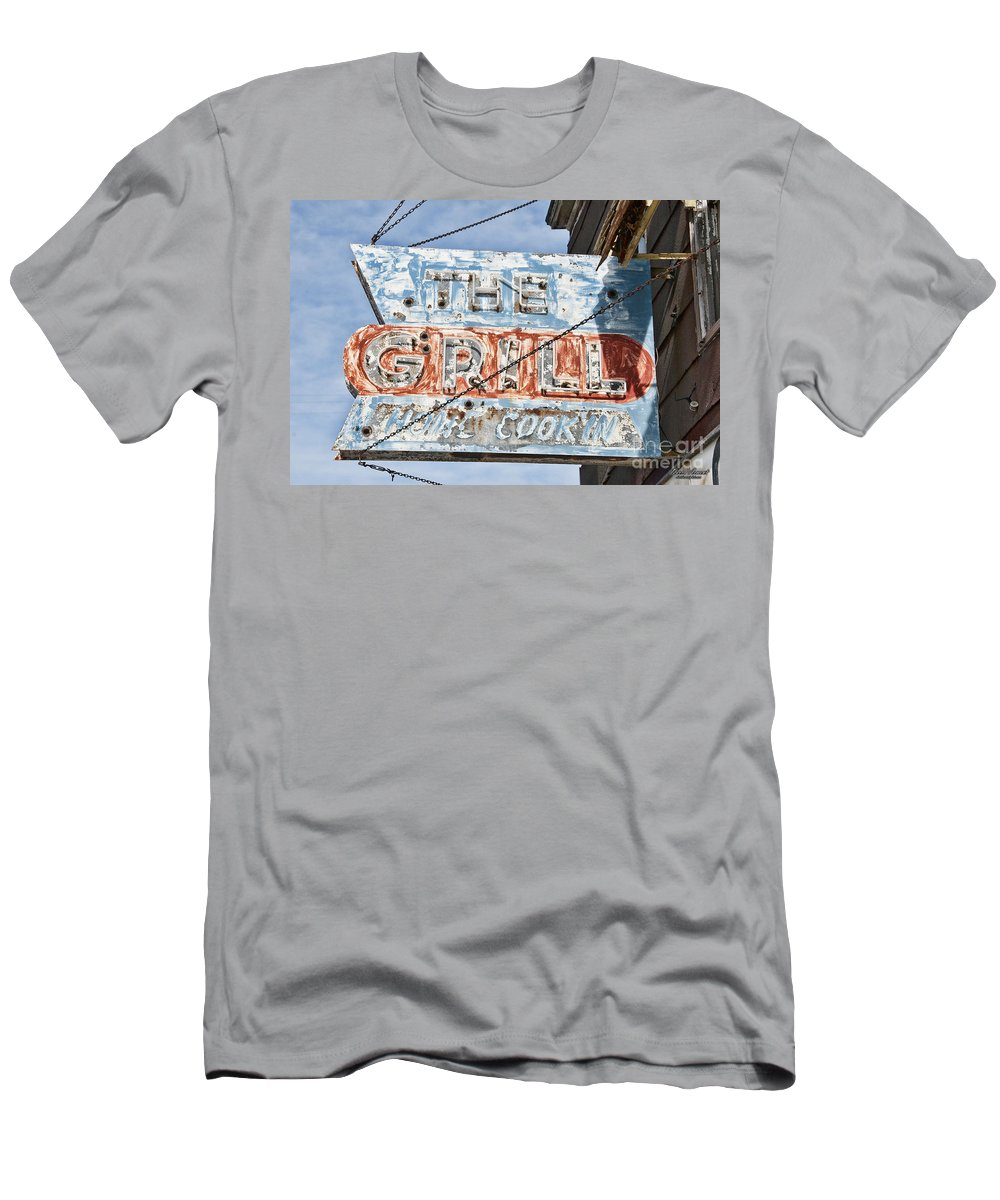 Sign Men's T-Shirt (Athletic Fit) featuring the photograph Home Cookin by David Arment