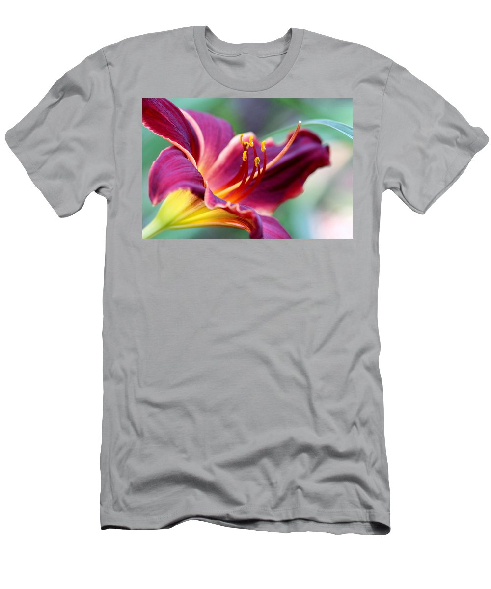 Prints Men's T-Shirt (Athletic Fit) featuring the photograph Lily - Hardy by Travis Truelove