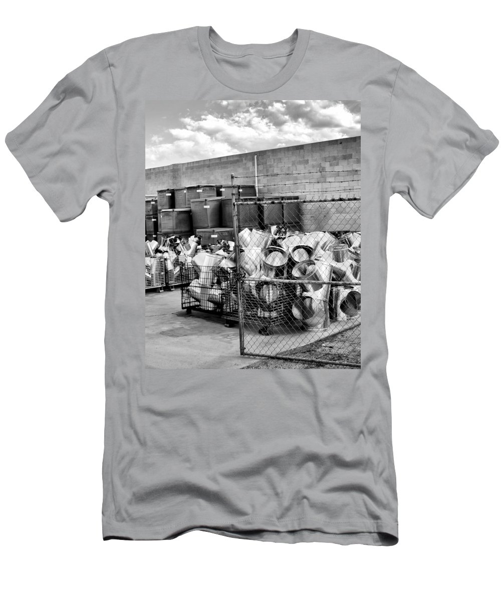 Duct Men's T-Shirt (Athletic Fit) featuring the photograph Metal Gear Palm Springs by William Dey