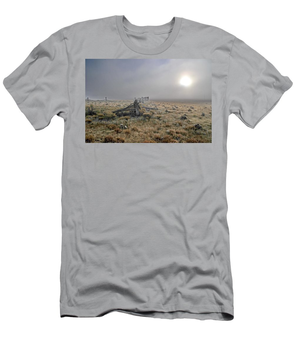 Eagle Nest Men's T-Shirt (Athletic Fit) featuring the photograph Misty Sunrise by Ron Weathers