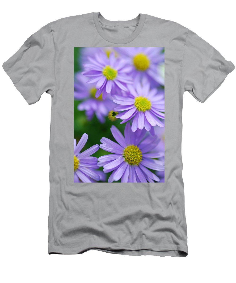 Optical Playground By Mp Ray Men's T-Shirt (Athletic Fit) featuring the photograph Pastel Purple Aster by Optical Playground By MP Ray