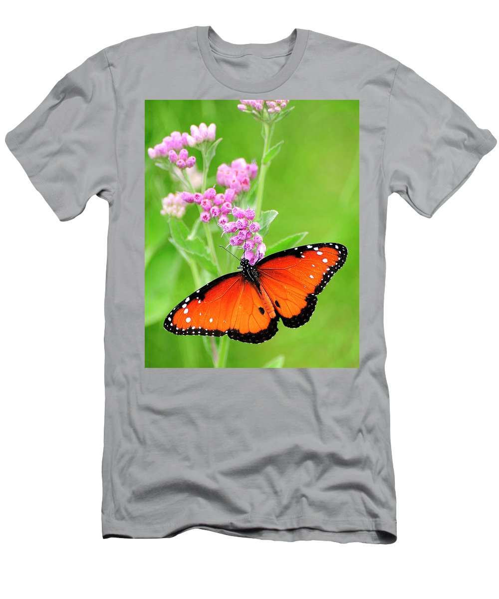Queen Butterfly Men's T-Shirt (Athletic Fit) featuring the photograph Queen Butterfly Wings With Pink Flowers by Bill Dodsworth