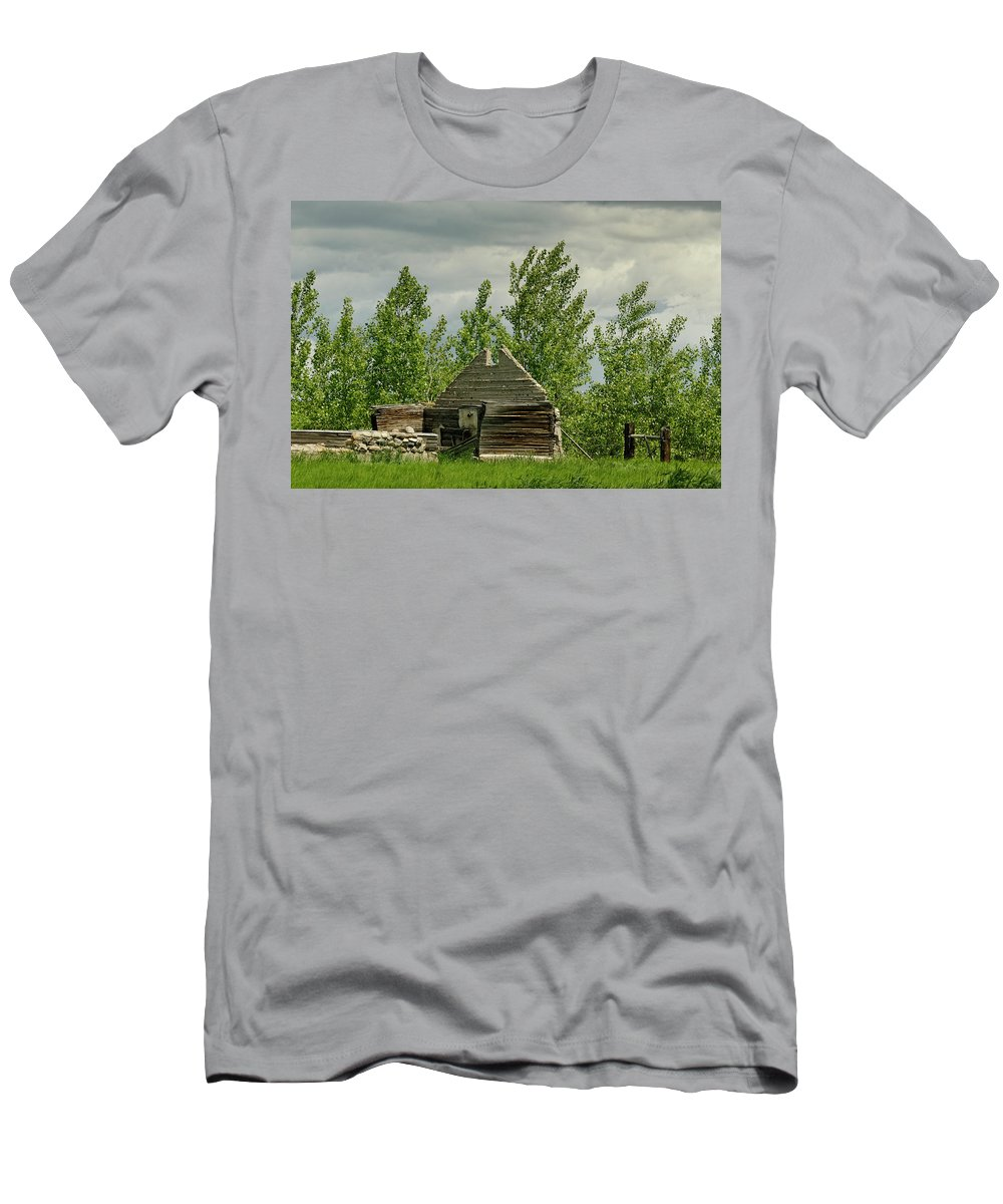 Americas Men's T-Shirt (Athletic Fit) featuring the photograph Remaining Wall by Roderick Bley