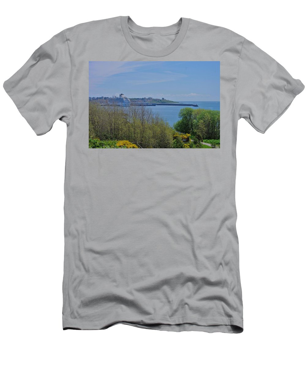 Victoria Men's T-Shirt (Athletic Fit) featuring the photograph Safe Harbour by John Greaves
