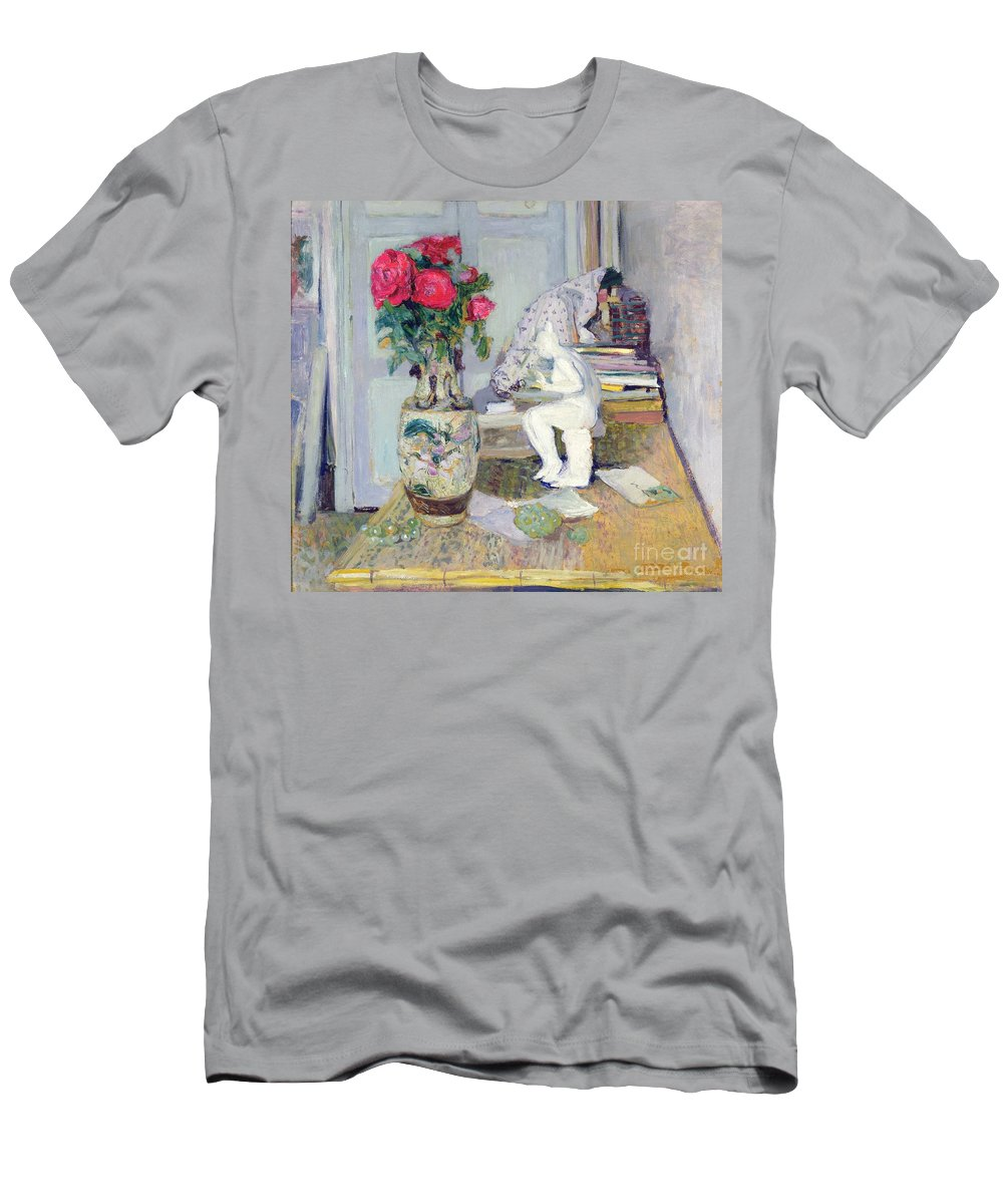 Statuette Men's T-Shirt (Athletic Fit) featuring the painting Statuette By Maillol And Red Roses by Edouard Vuillard