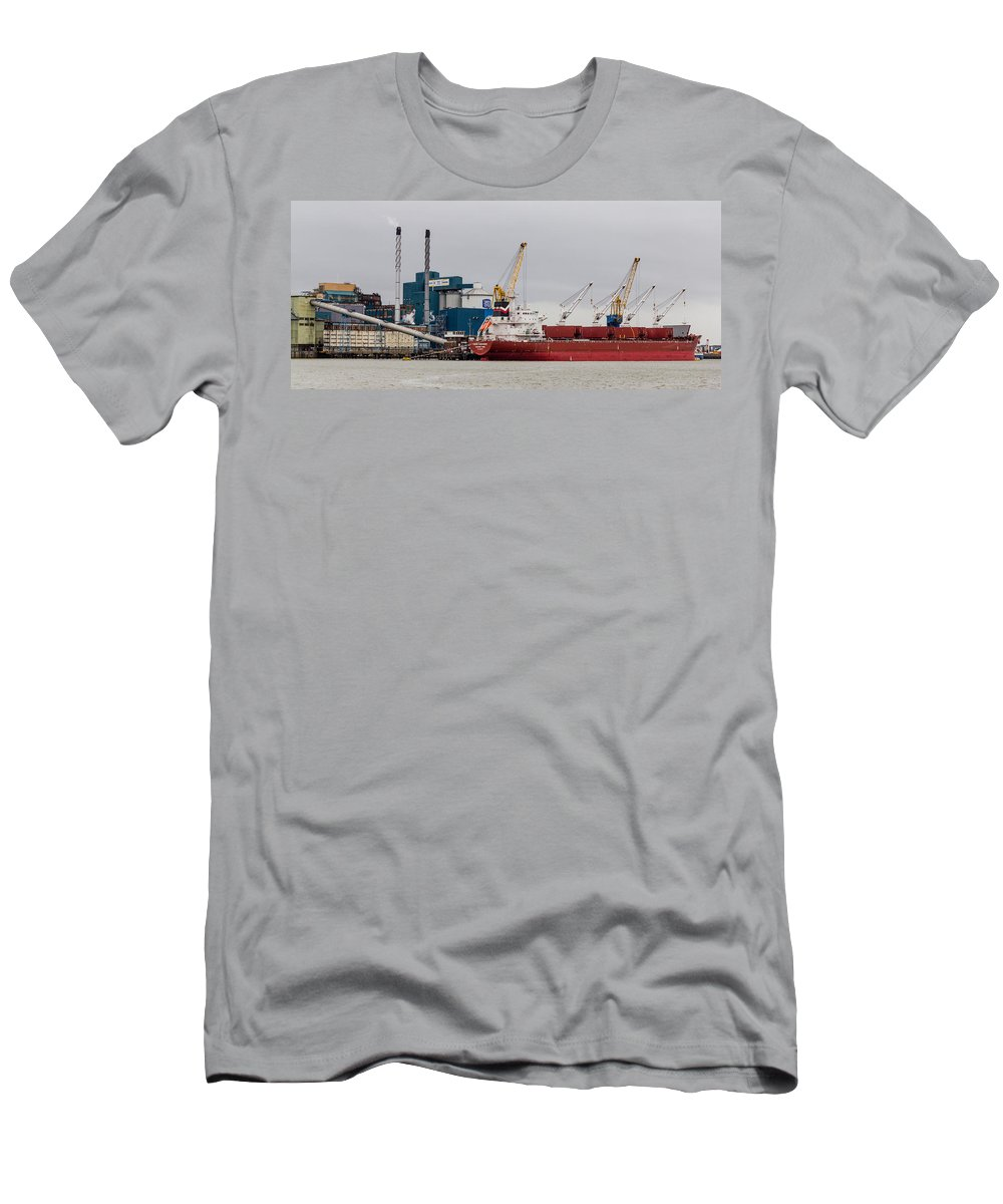 Tate And Lyle Men's T-Shirt (Athletic Fit) featuring the photograph Tate And Lyle Silvertown by Dawn OConnor