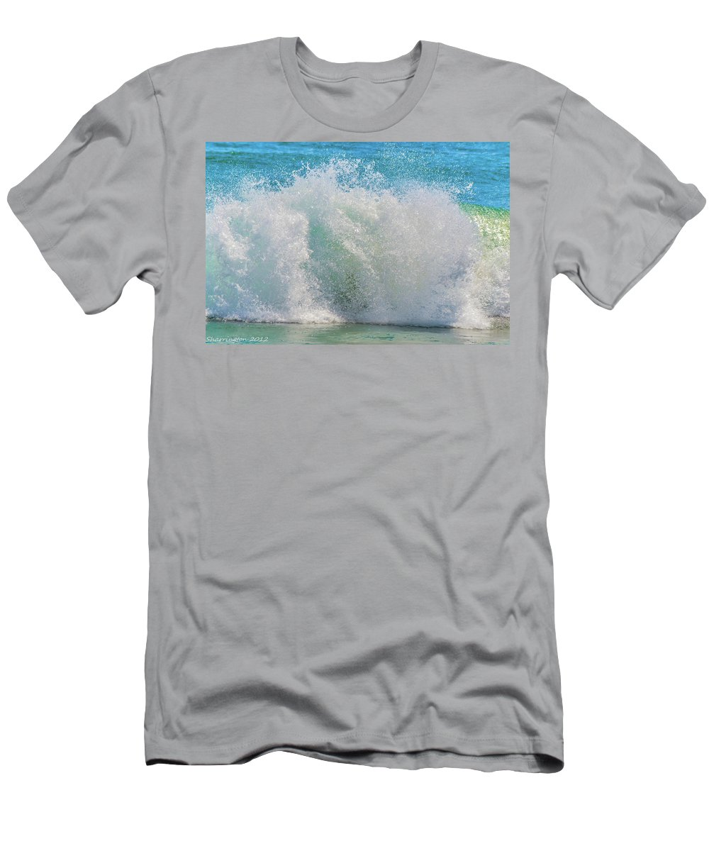 Waves Men's T-Shirt (Athletic Fit) featuring the photograph The Washing Machine by Shannon Harrington
