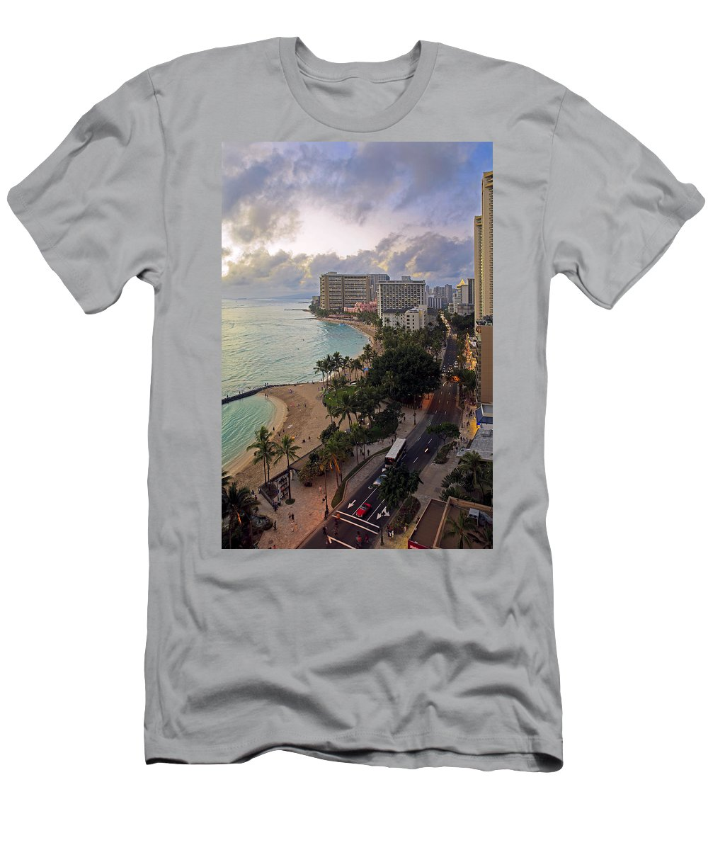 Aerial Men's T-Shirt (Athletic Fit) featuring the photograph Waikiki At Twilight by Tomas del Amo