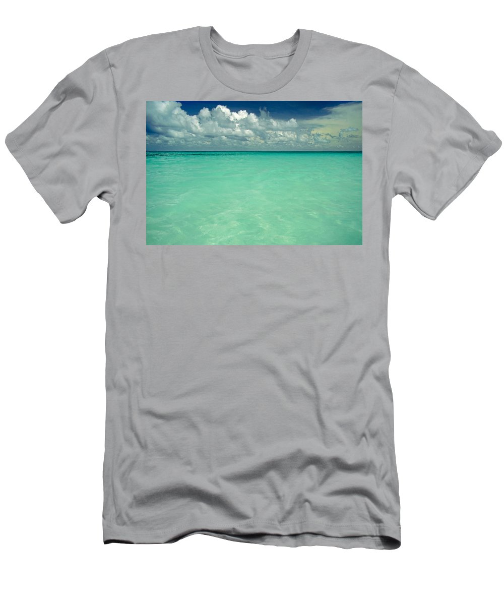 Belize Men's T-Shirt (Athletic Fit) featuring the photograph Heaven by Skip Hunt