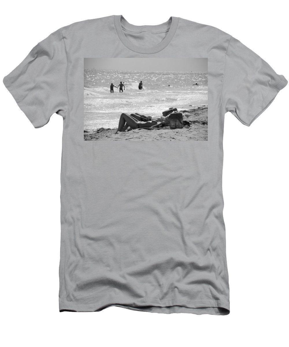 Black And White Men's T-Shirt (Athletic Fit) featuring the photograph Paradise Beach by Rob Hans