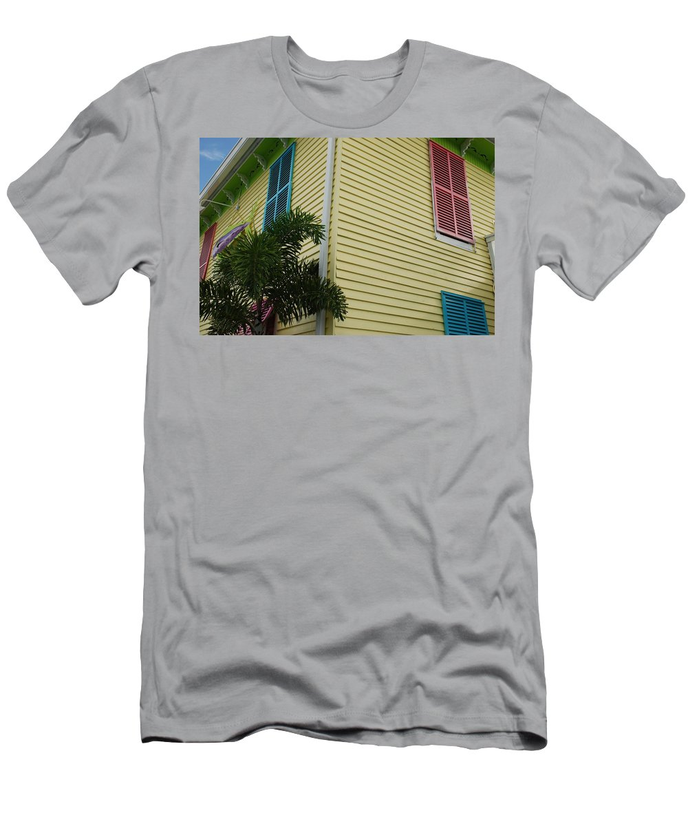 Architecture Men's T-Shirt (Athletic Fit) featuring the photograph The Beach House by Rob Hans