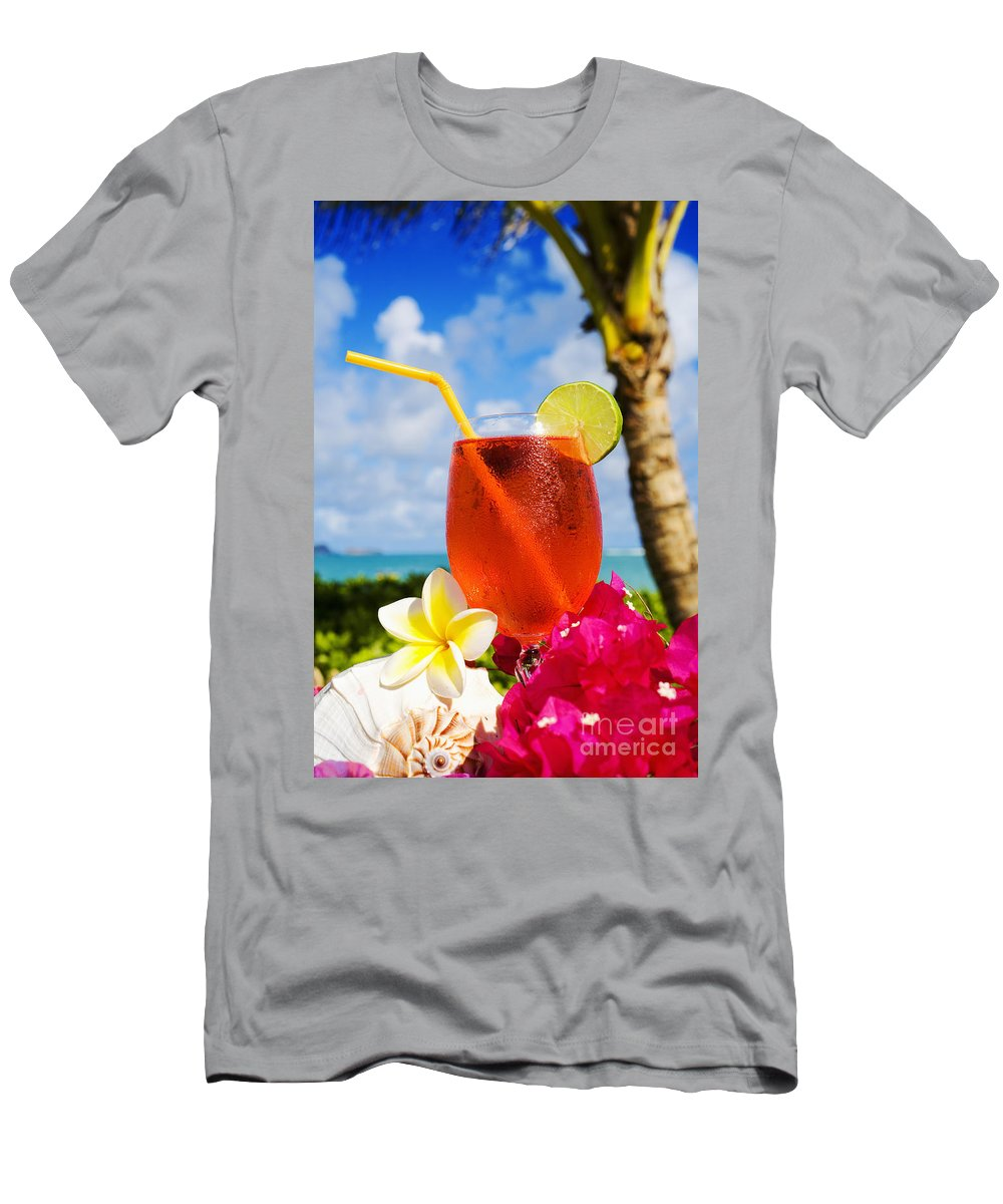 Bar Men's T-Shirt (Athletic Fit) featuring the photograph Tropical Cocktail by Tomas del Amo - Printscapes