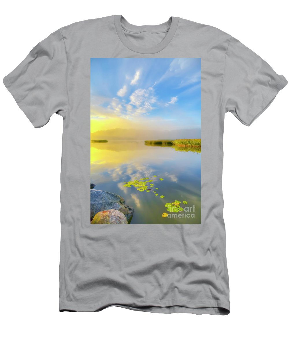 Atmosphere Men's T-Shirt (Athletic Fit) featuring the photograph Wonderful Morning by Veikko Suikkanen