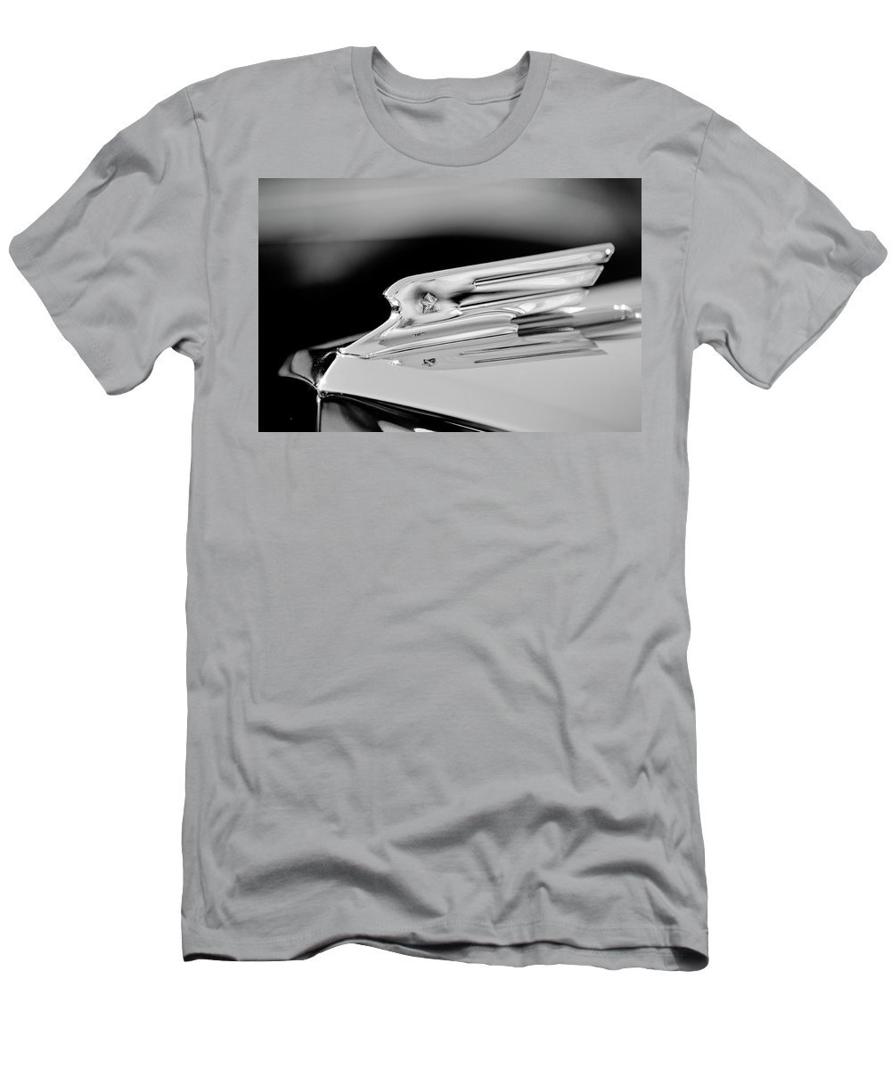 1931 Marmon Sixteen Coupe Men's T-Shirt (Athletic Fit) featuring the photograph 1931 Marmon Sixteen Coupe Hood Ornament 3 by Jill Reger