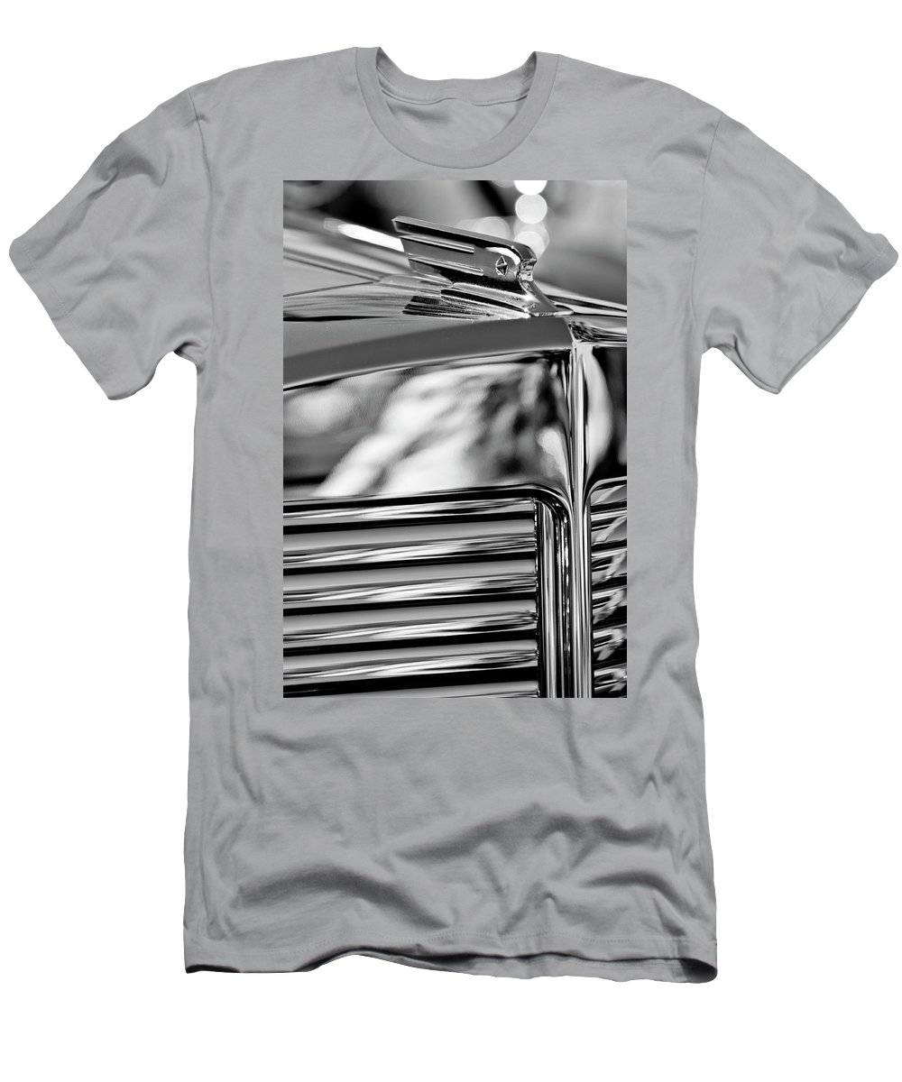 1931 Marmon Sixteen Coupe Men's T-Shirt (Athletic Fit) featuring the photograph 1931 Marmon Sixteen Coupe Hood Ornament 4 by Jill Reger