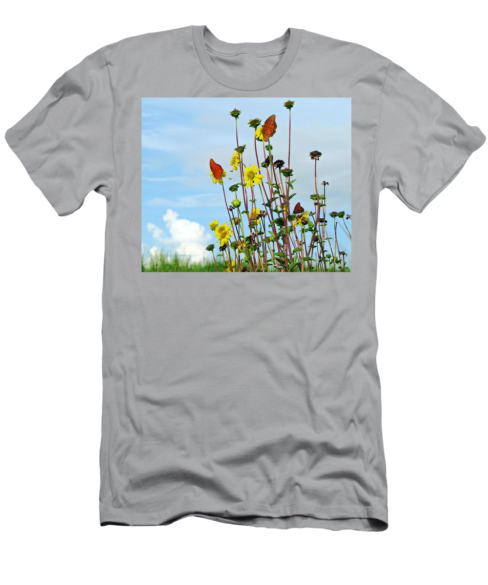 Floral Men's T-Shirt (Athletic Fit) featuring the photograph 2 Bees Or Not 2 Bees by Peg Urban