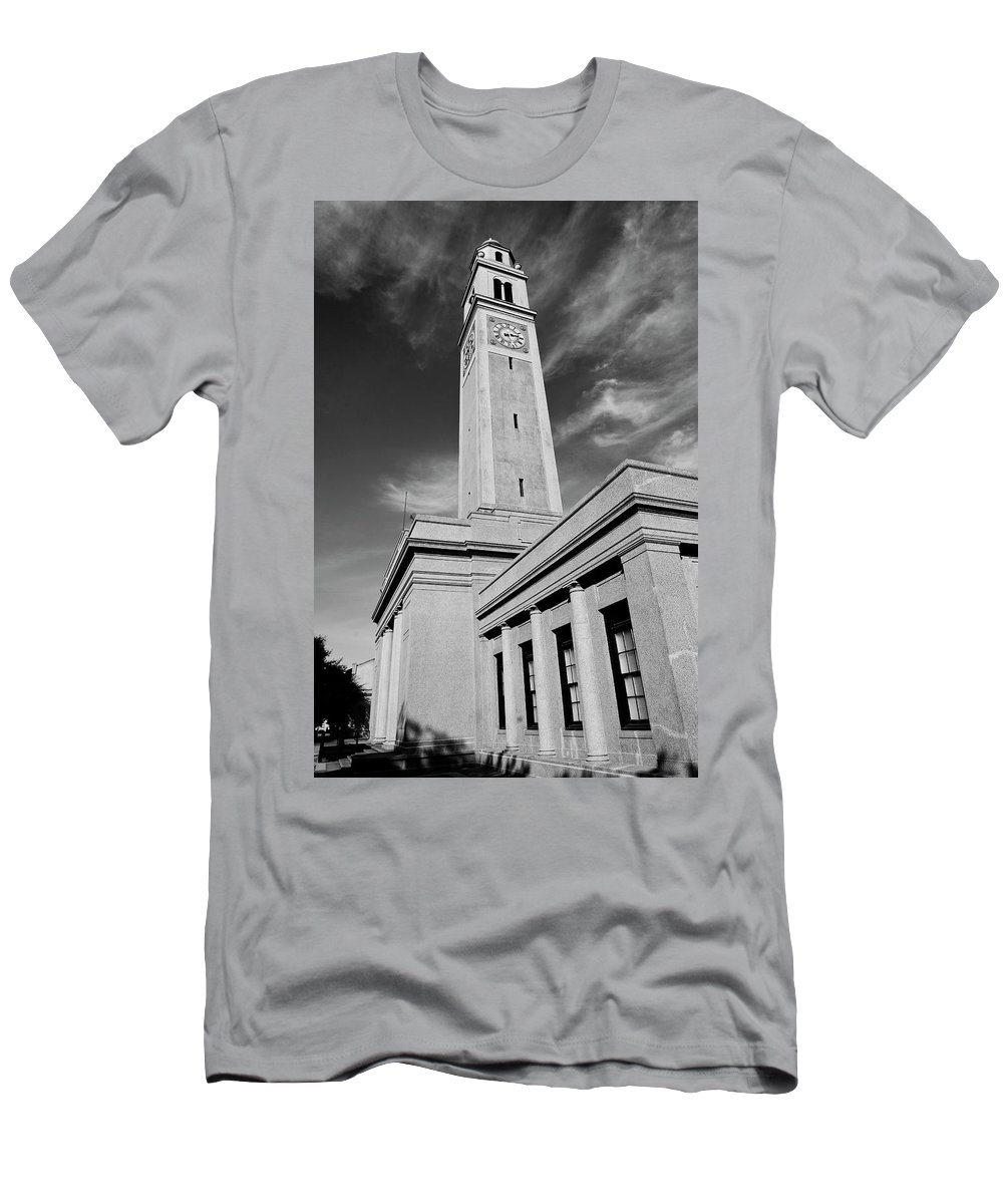 Lsu Men's T-Shirt (Athletic Fit) featuring the photograph Memorial Tower - Lsu Bw by Scott Pellegrin
