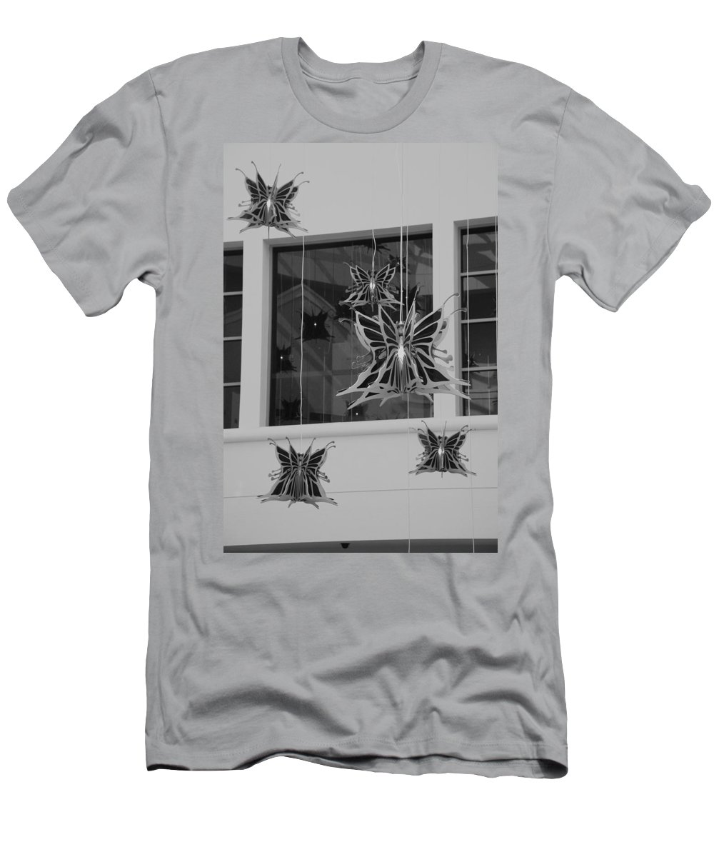 Black And White Men's T-Shirt (Athletic Fit) featuring the photograph Hanging Butterflies by Rob Hans