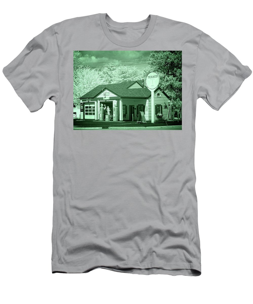 Dwight Men's T-Shirt (Athletic Fit) featuring the photograph Ambler-becker Texaco 2 by Fred Hahn