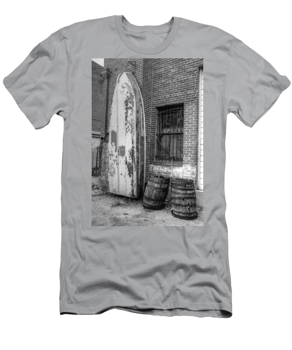 Boat & Barrels Men's T-Shirt (Athletic Fit) featuring the photograph Back Alley Art Works by Dennis House