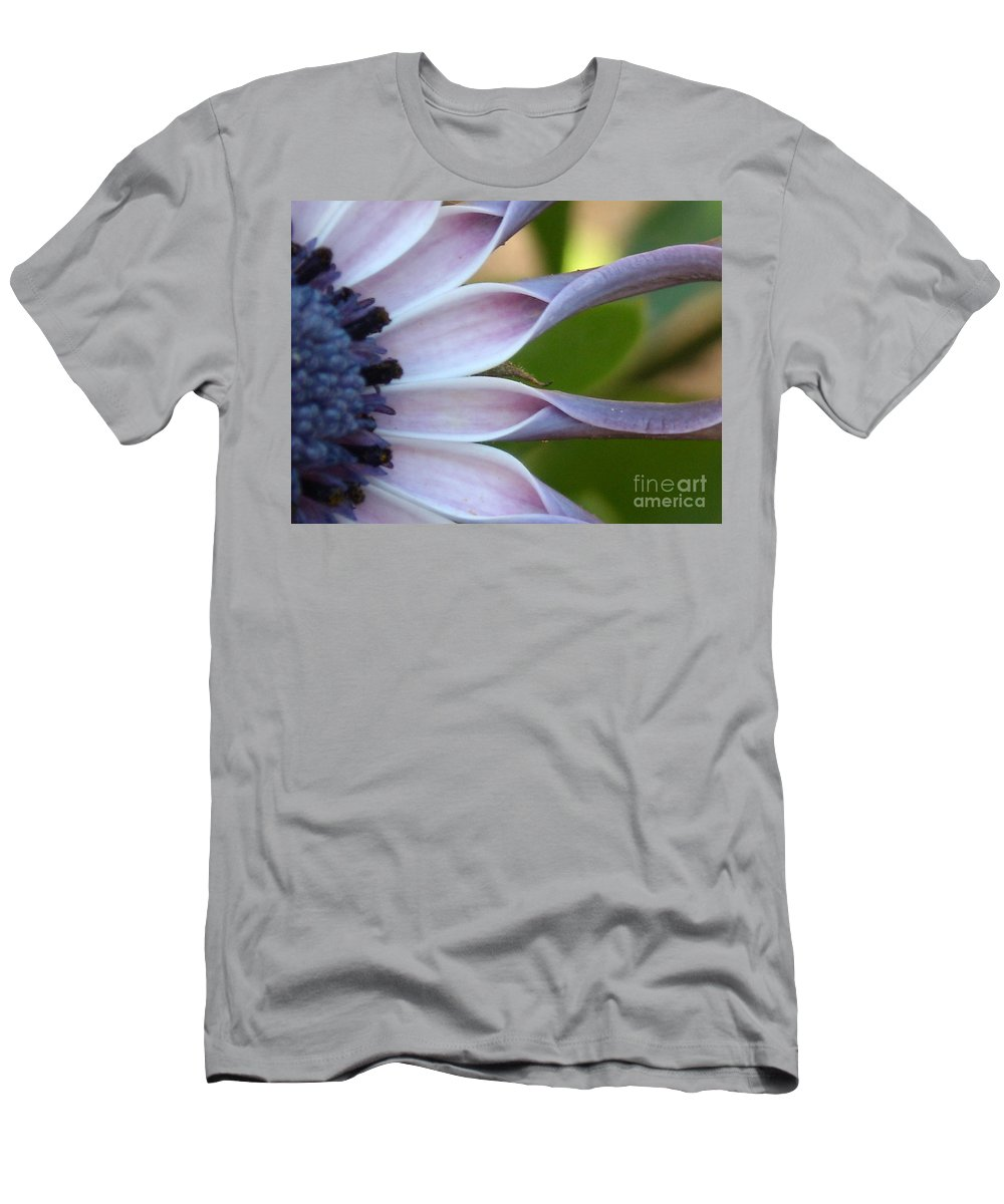 Floral Men's T-Shirt (Athletic Fit) featuring the photograph Beautiful 002 by Line Gagne