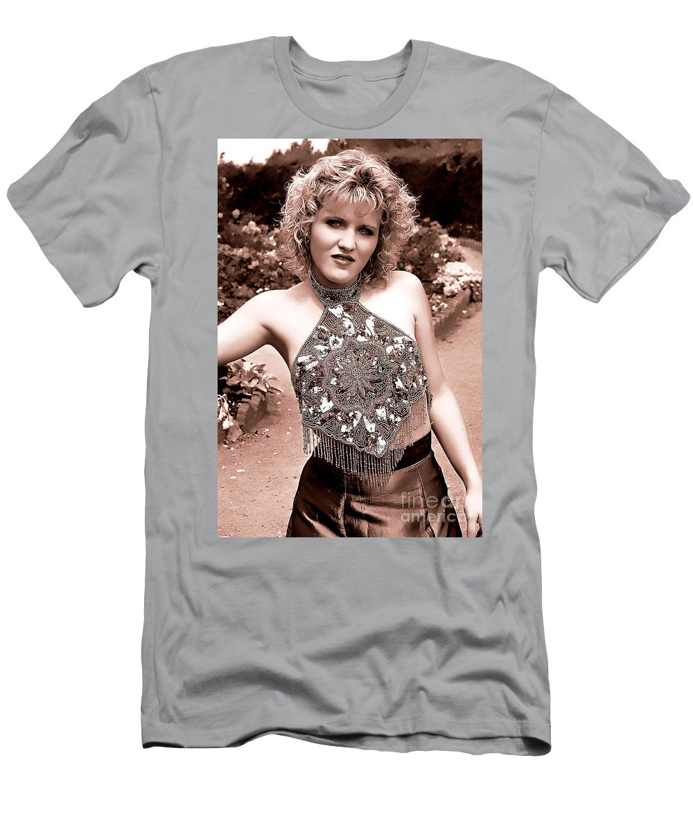 Clay Men's T-Shirt (Athletic Fit) featuring the photograph Beauty In The Garden by Clayton Bruster