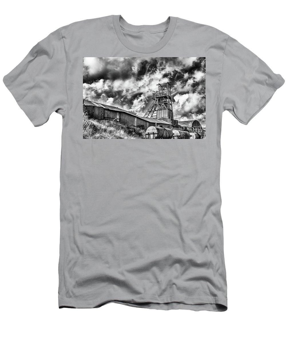 Big Pit Colliery Men's T-Shirt (Athletic Fit) featuring the photograph Big Pit Mono by Steve Purnell