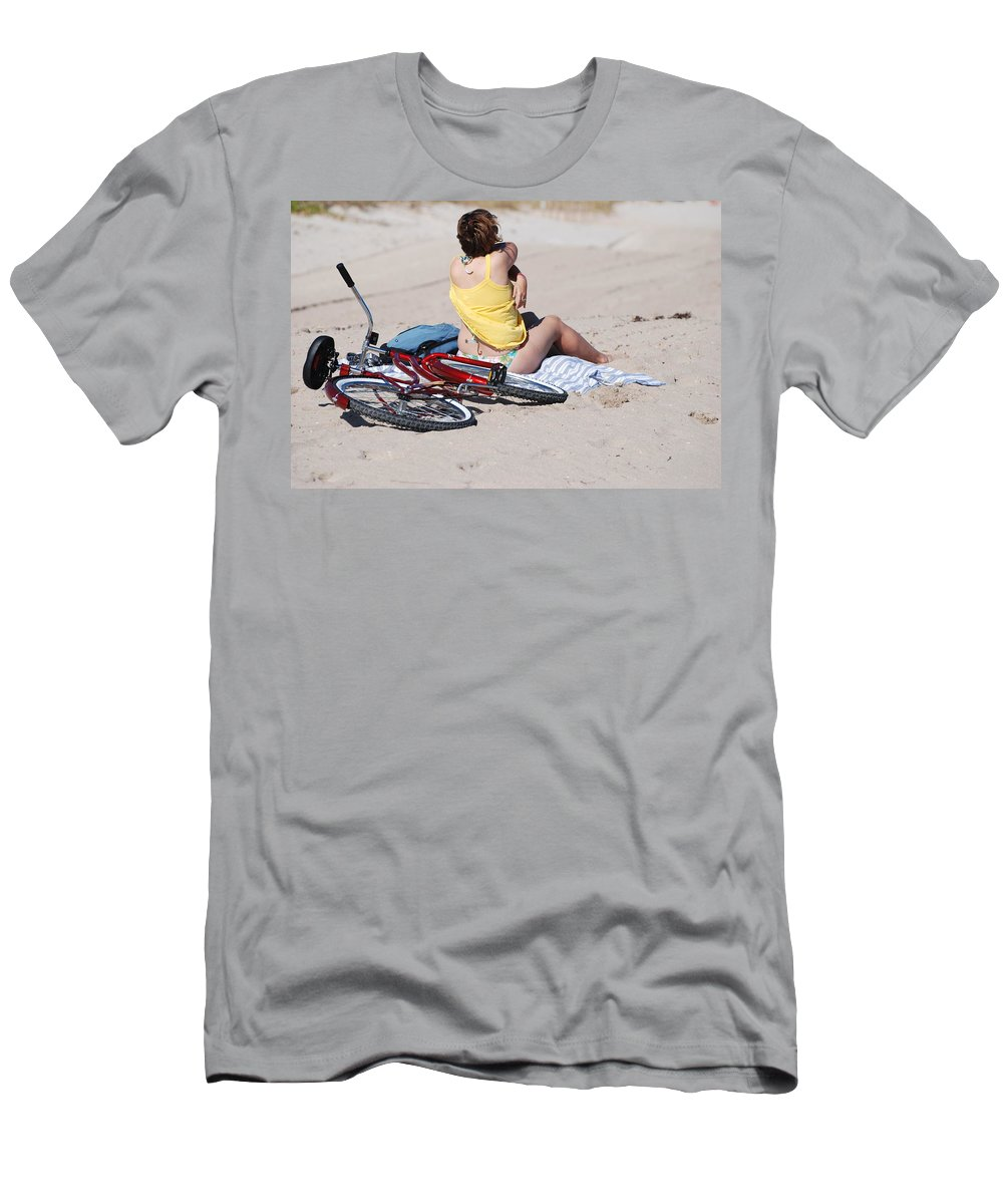 Red Men's T-Shirt (Athletic Fit) featuring the photograph Bike On The Beach by Rob Hans