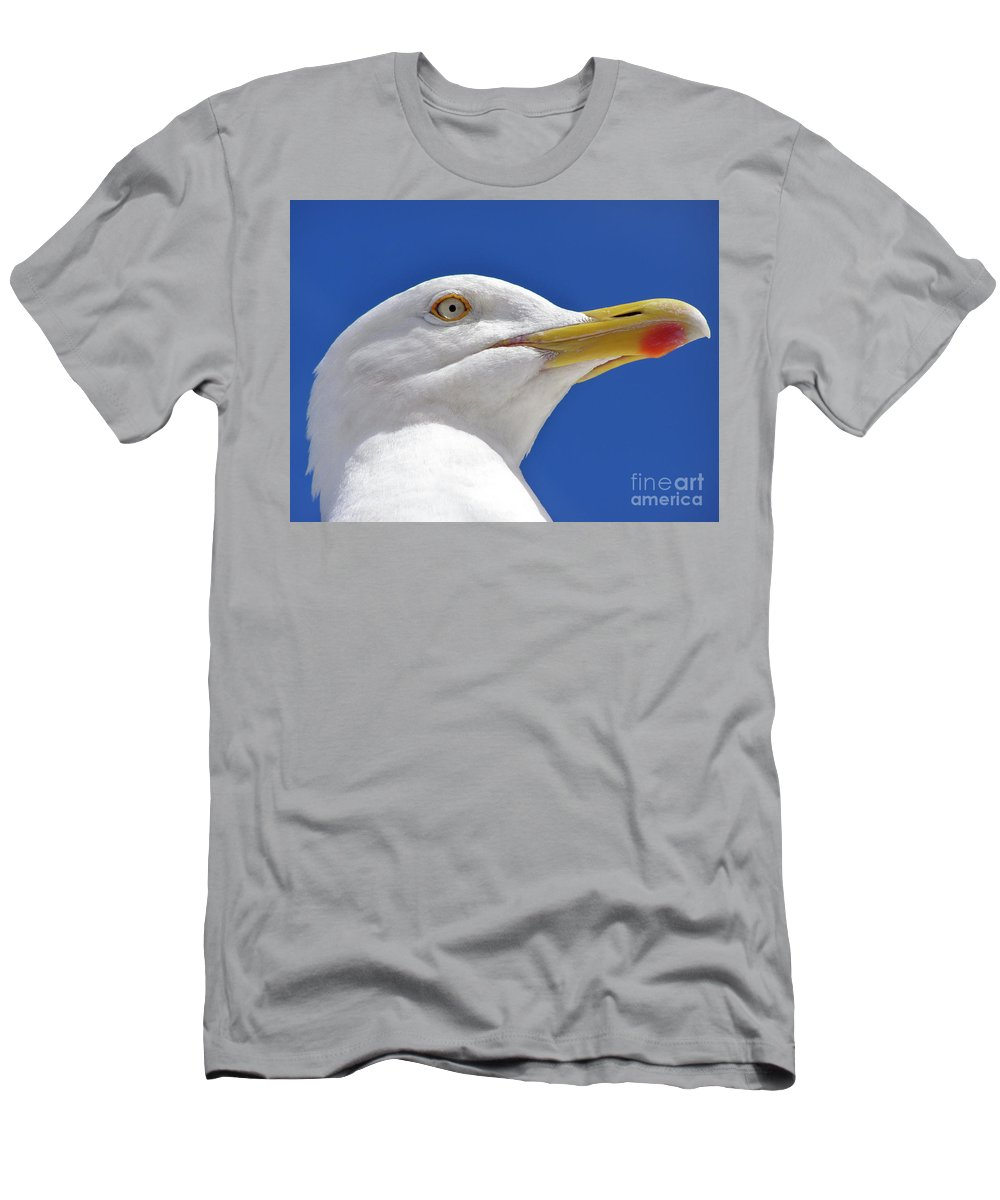 Bird Men's T-Shirt (Athletic Fit) featuring the photograph British Herring Gull by Terri Waters