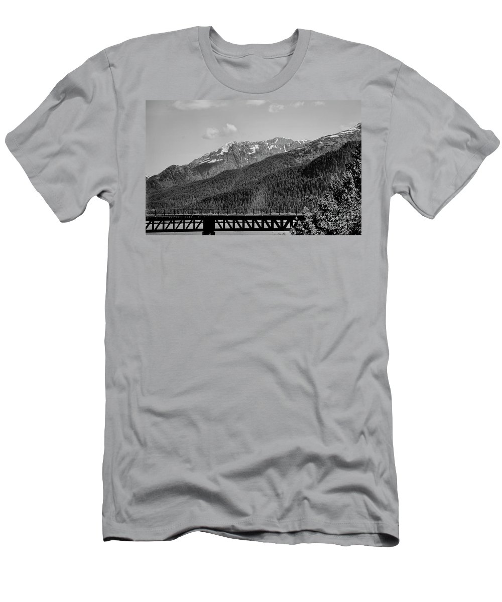Alaska Men's T-Shirt (Athletic Fit) featuring the photograph Bw Rail Alaska by Chuck Kuhn