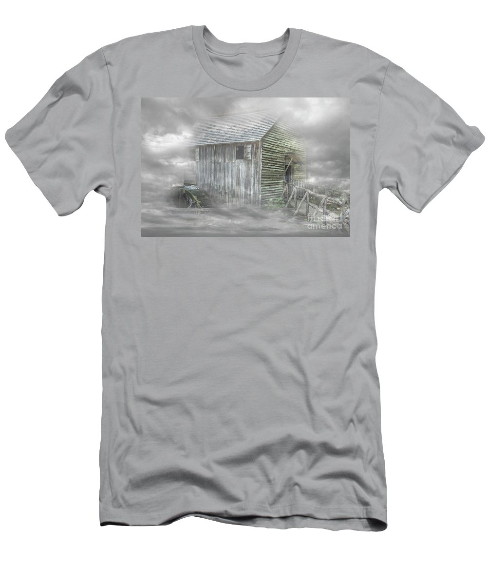 2016 Men's T-Shirt (Athletic Fit) featuring the photograph Cable Mill by Larry Braun