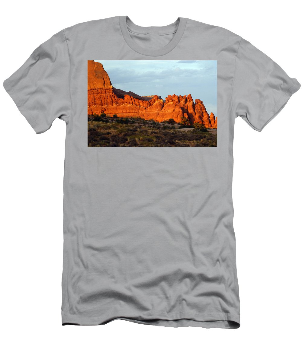 Utah Men's T-Shirt (Athletic Fit) featuring the photograph Canyonlands At Sunset by Marty Koch