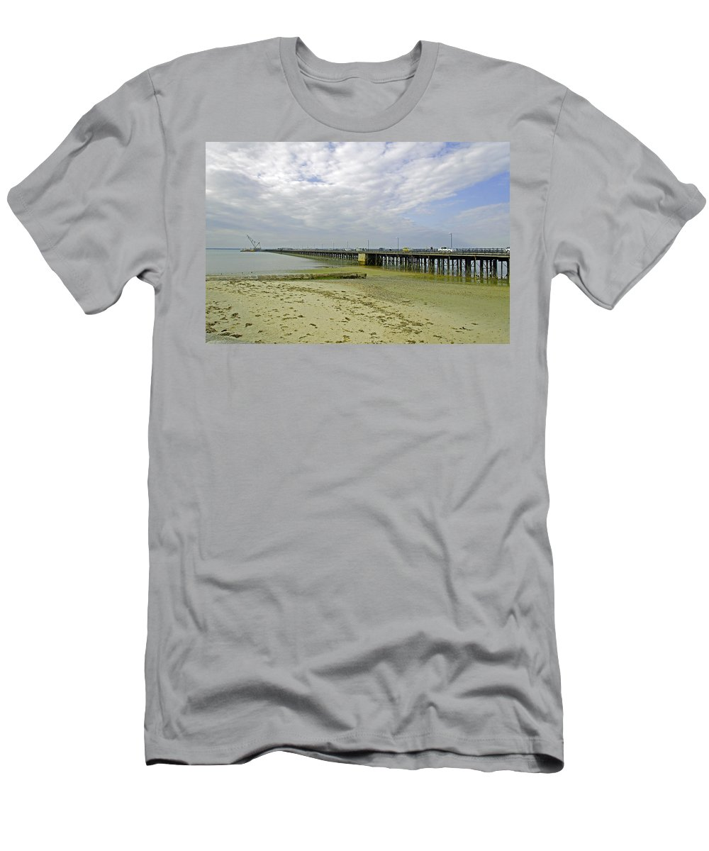 Ryde Men's T-Shirt (Athletic Fit) featuring the photograph Cars Travelling On Ryde Pier by Rod Johnson