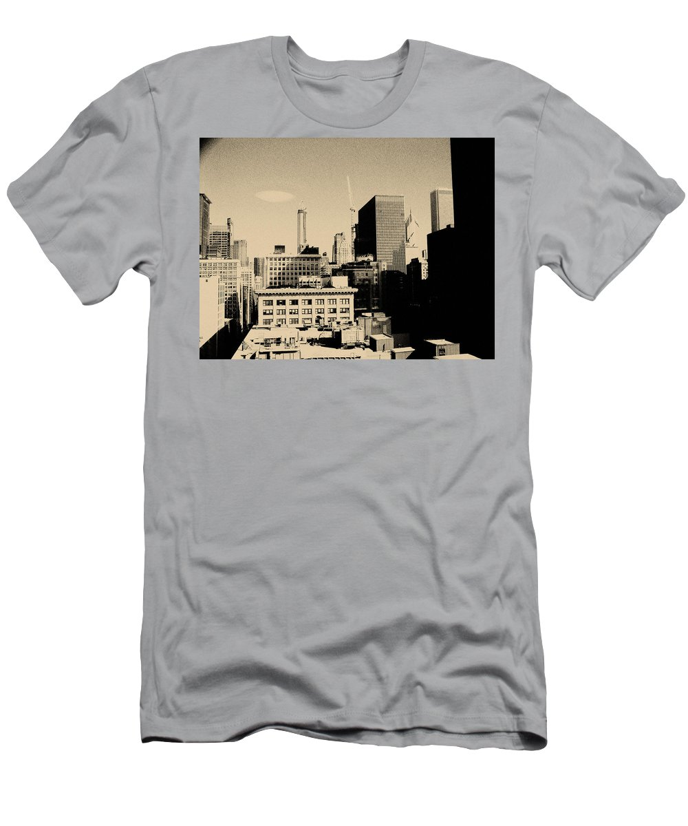 Chicago Men's T-Shirt (Athletic Fit) featuring the photograph Chicago Loop Skyline by Kyle Hanson