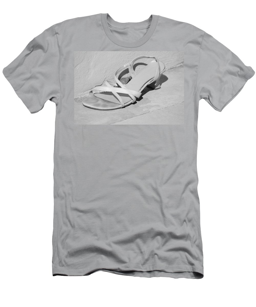 Pop Art Men's T-Shirt (Athletic Fit) featuring the photograph Cindarella S Size 9 by Rob Hans