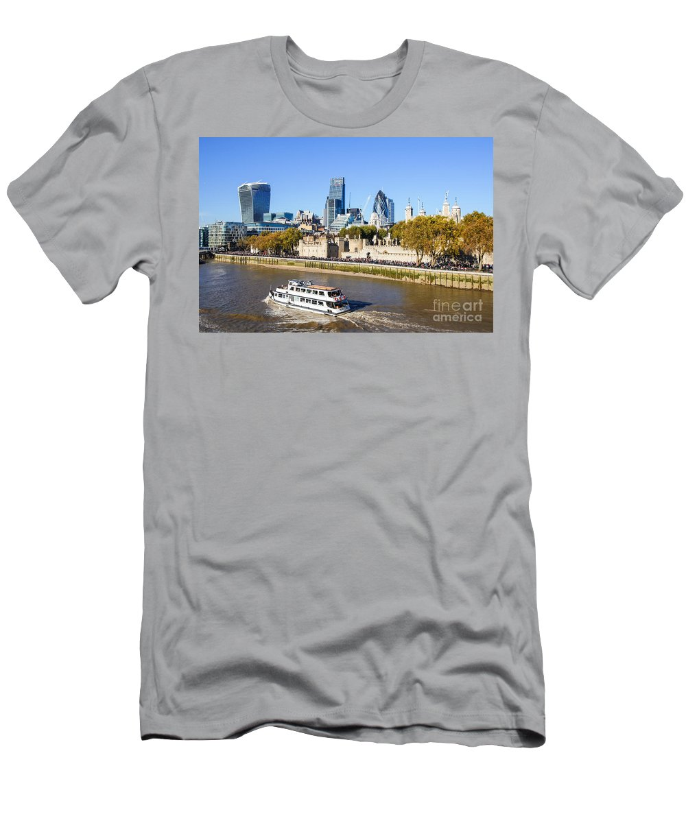 Skyscraper Skyscrapers Ferry Square Mile London City Buildings Thames Panorama Tourism View Britain British England English Uk Europe European Panoramic Cityscape Skyline Travel Traveling Riverbank Riverside Scenery Scene Architecture Modern River Iconic Famous Capital Urban Landmark Landmarks Attraction Sightseeing Autumn Fall Tourists Financial Business District Banking Bank Banks Boat Men's T-Shirt (Athletic Fit) featuring the photograph City Of London 12 by Marcin Rogozinski
