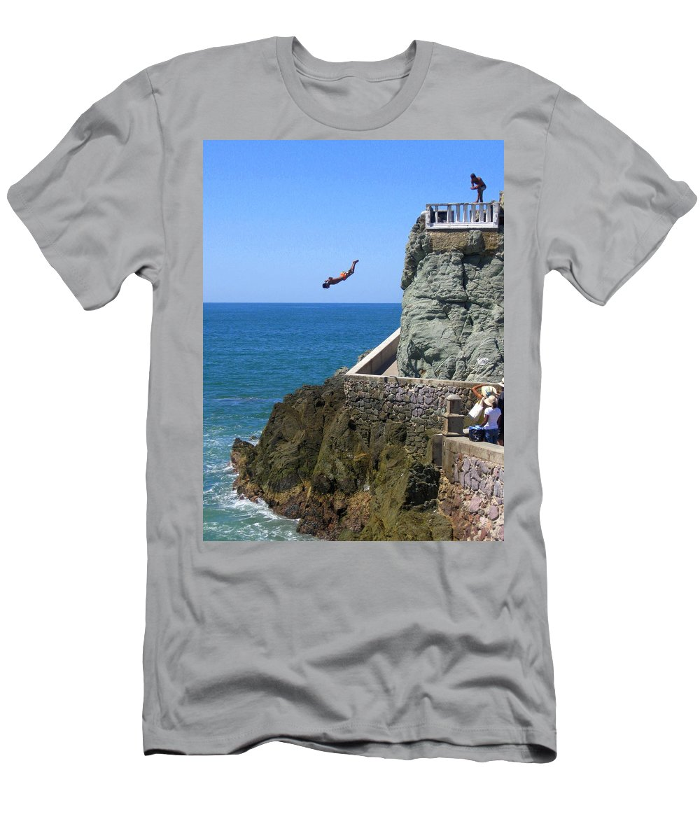 Ocean Men's T-Shirt (Athletic Fit) featuring the photograph Cliff Divers by Christie Starr Featherstone