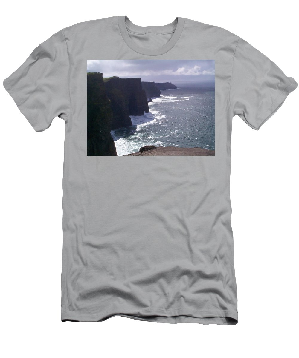 Ireland Men's T-Shirt (Athletic Fit) featuring the photograph Cliffs Of Moher by Charles Kraus