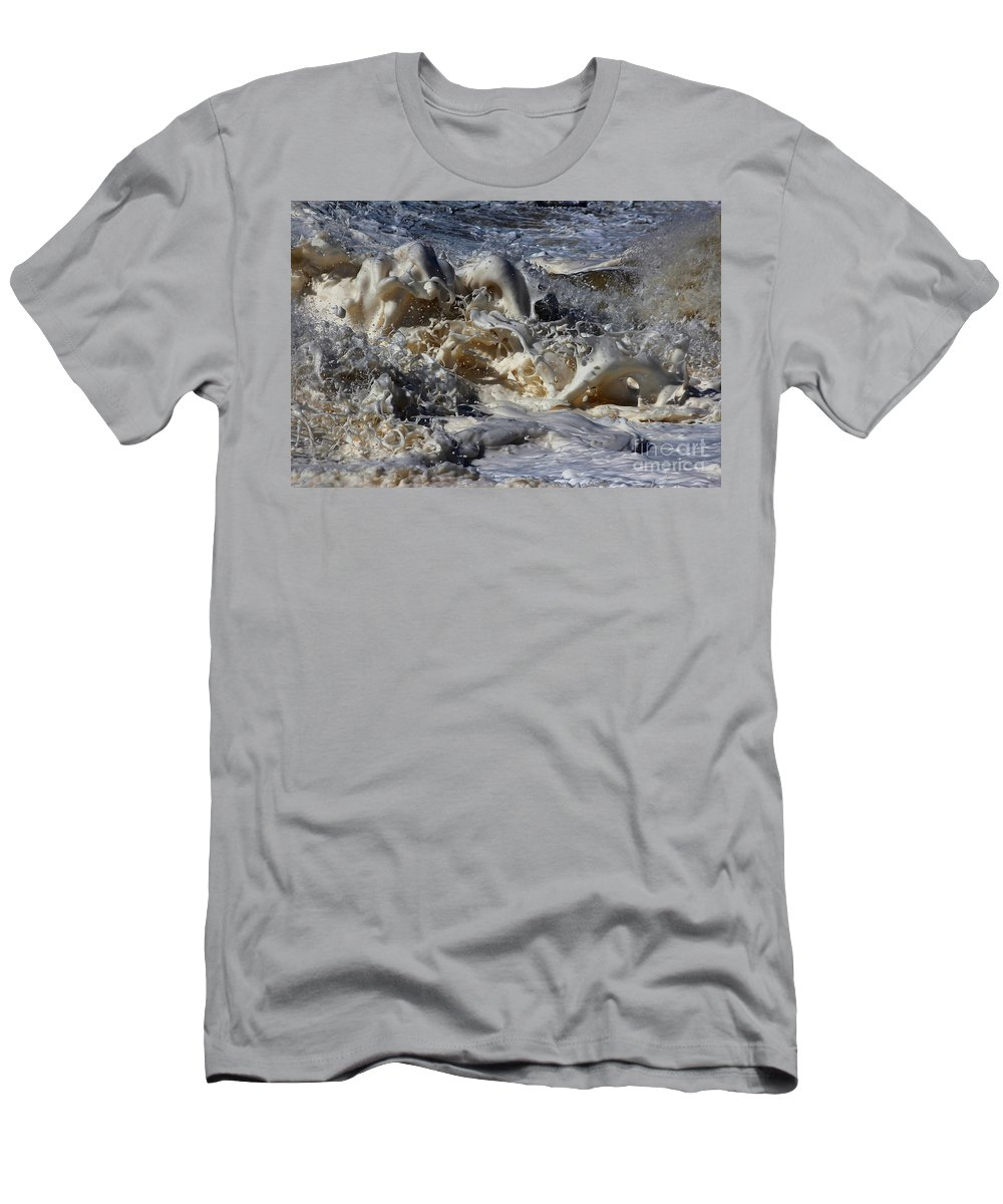 Momentary Water Sculptures Men's T-Shirt (Athletic Fit) featuring the photograph Criss Cross Foamy Splash Of A Momenary Water Sculpture by Wernher Krutein