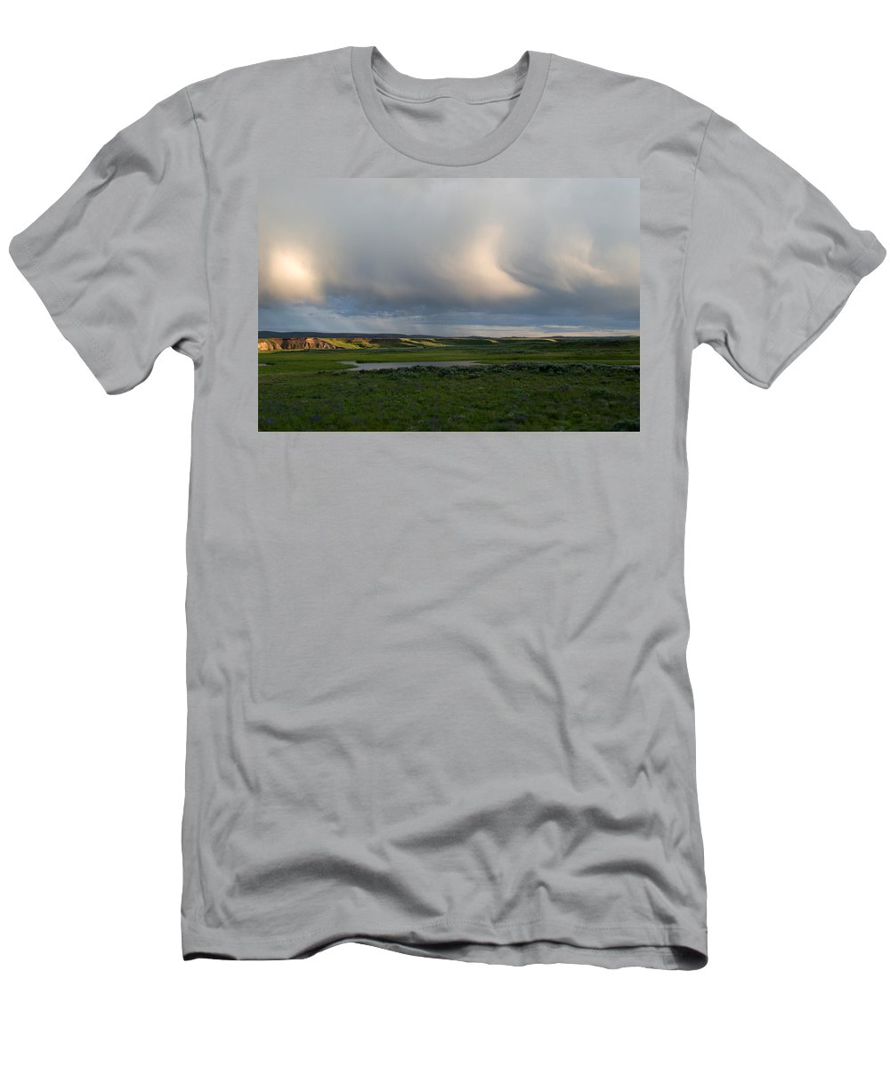Clouds Men's T-Shirt (Athletic Fit) featuring the photograph Curves by Linda Kerkau