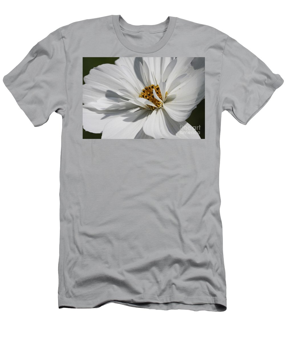 Macro Men's T-Shirt (Athletic Fit) featuring the photograph Dancing In The Summner Breeze by Deborah Benoit