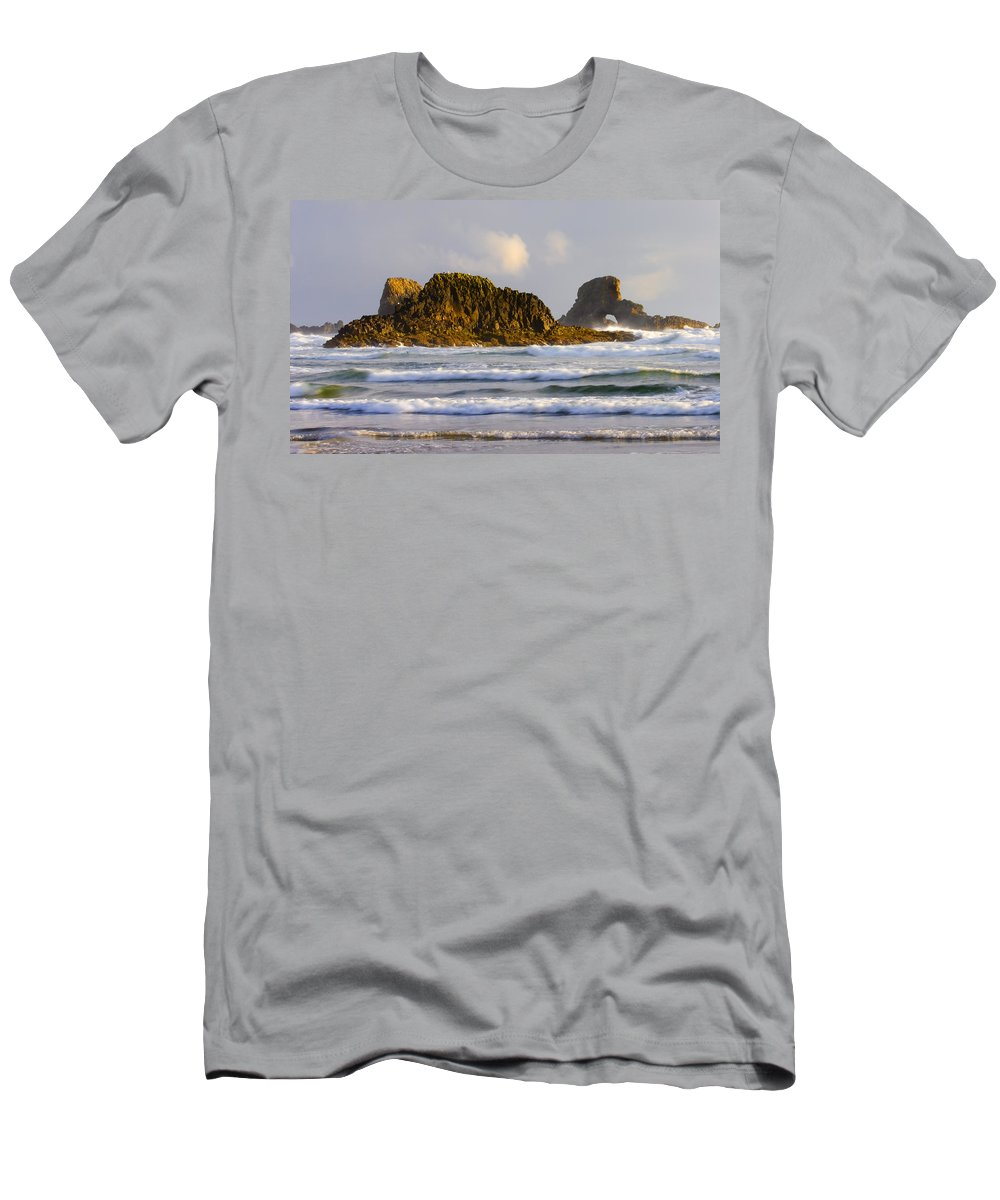 Seastacks Men's T-Shirt (Athletic Fit) featuring the photograph Eye Of The Storm by Mike Dawson