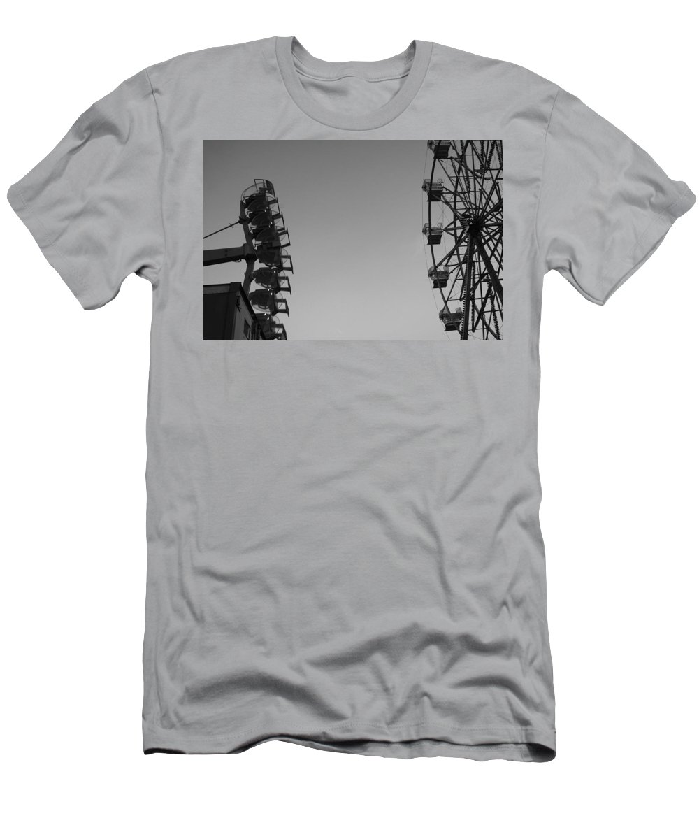 Ferris Wheel Men's T-Shirt (Athletic Fit) featuring the photograph Ferris Darkness by Trish Hale