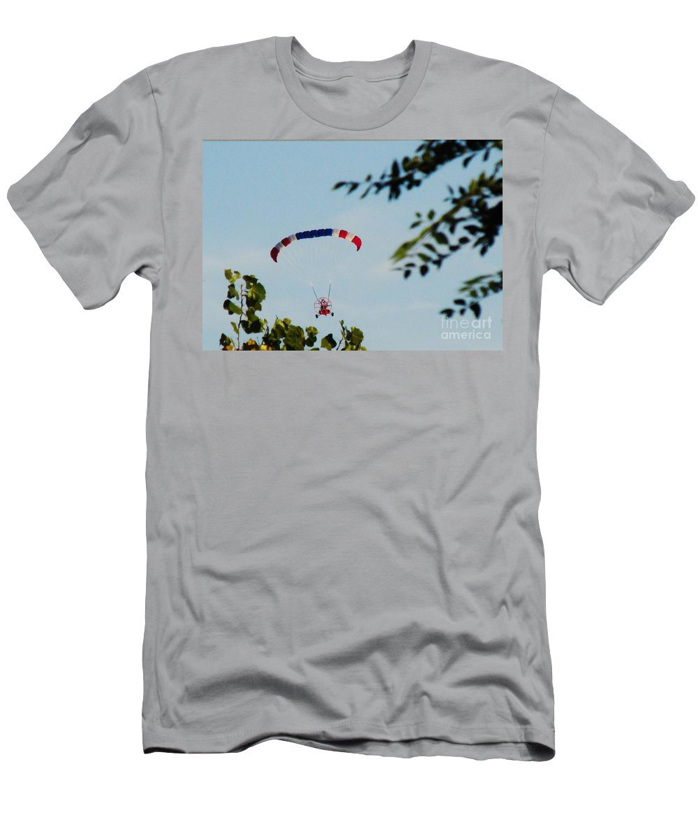 Flying Men's T-Shirt (Athletic Fit) featuring the photograph Paraplane Flying High by Don Baker