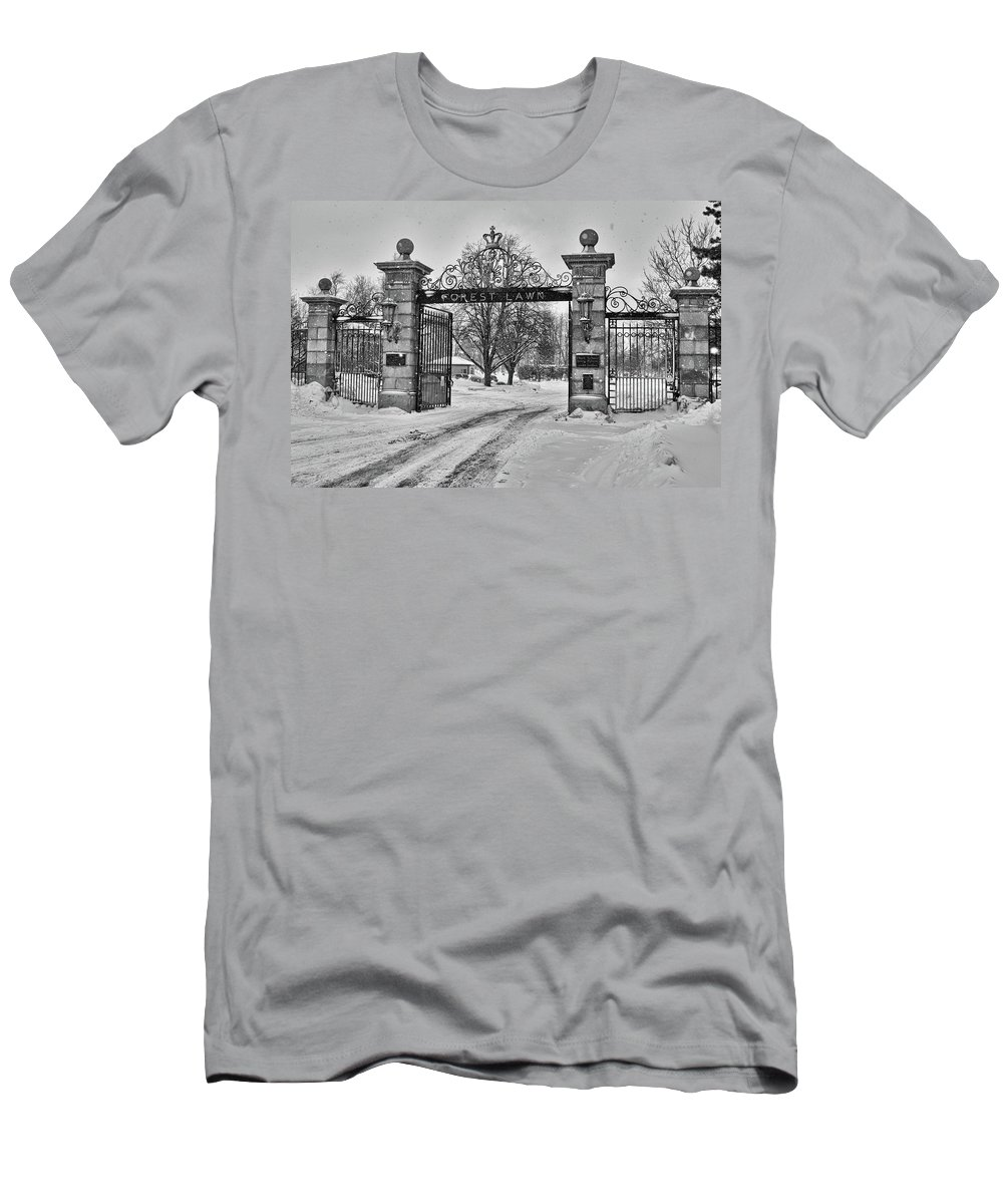 Sculpture Men's T-Shirt (Athletic Fit) featuring the photograph Forest Lawn Gate 4391 by Guy Whiteley